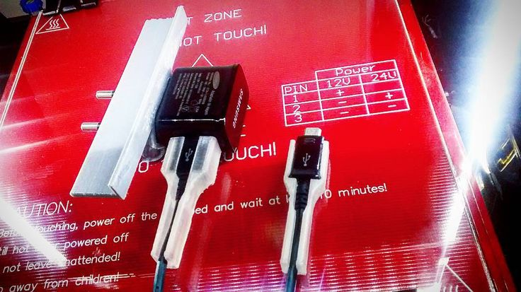 3DPrinted Cable Protetor for Samsung Smartphones  phobe mount for wall charging... ........... Protetor de cabo para Smartphones Samsung  suporte de carga na tomada... ---------- #3dprint #3dprinted #3dprinting #samsung #samsunggalaxy #gopro #Pla #makerbot #thingiverse #123ddesign by danairgraffix