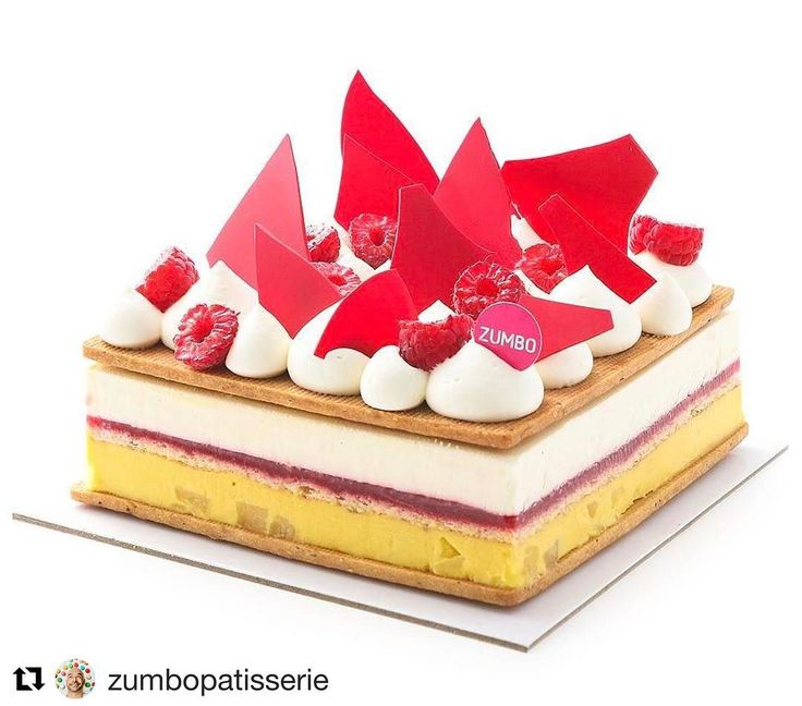 #Repost @zumbopatisserie with @repostapp @bakelikeapro  The wonderful Wunderbar is available to order in large sizes! Hazelnut sable sandwiching vanilla creme fraiche mousse pineapple cleam with pineapple pieces raspberry gel biscuit cuiller & fresh raspberries Wunderbar made its 1st appearance in 2012 & has returned for our 10th birthday celebrations  1800 858 611 or zumbo.com.au to order (limited numbers available in store) #Zumbo #cakes #patisserie #party #zumbo10years