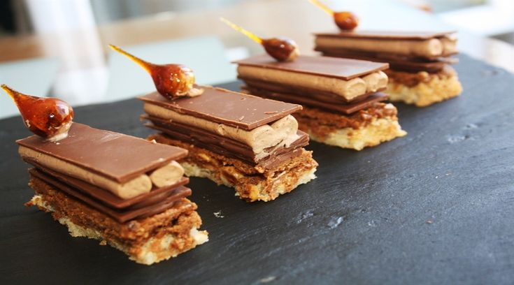 «Ларусс. Шоколад» Пьера Эрме: высокая кухня в каждый дом, фундучный дакуаз и удовольствие как культ | Сладкое Меню