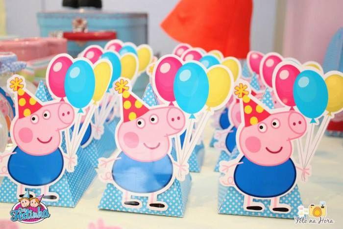 Peppa Pig themed birthday party via Kara's Party Ideas KarasPartyIdeas.com #peppapig #peppapigparty #peppapigcake (24)
