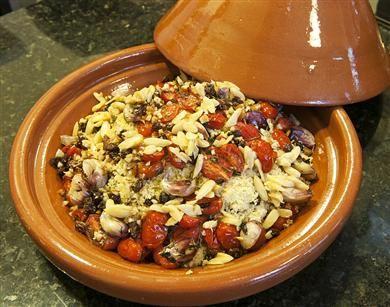 Couscous de Frutas Secas, Alho assado e Tomate Confit