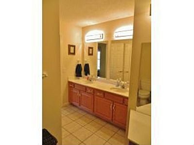 10 best images about palomino acres home for sale on for Jack and jill bathroom vanity
