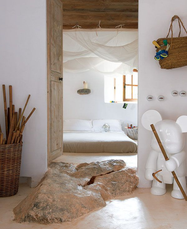 Crazy floor at the entry to this bedroom - Cave house with captivating Mediterranean views