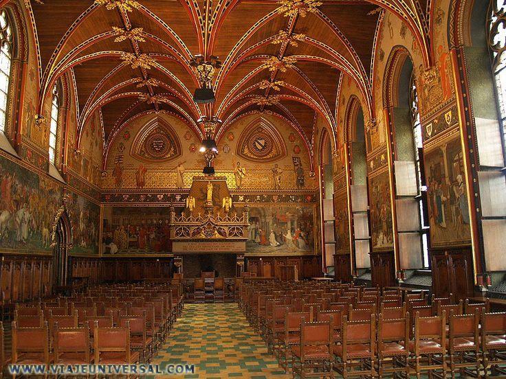 Sala gótica, interior del ayuntamiento de Brujas