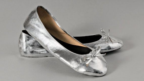Solemates foldable ballet flat bridesmaid gift by GetSolemates