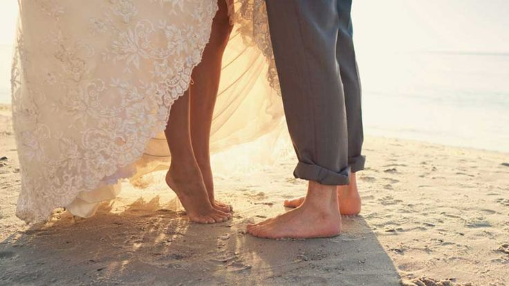 Find out what you need to know about planning a casual wedding on SHEfinds.com.