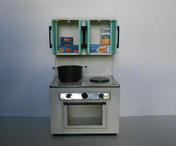 Cucina giocattolo di latta per bambole cucina di lepropostedimari