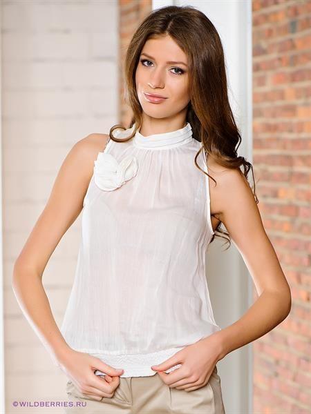 Шелковая блузка без рукавов
