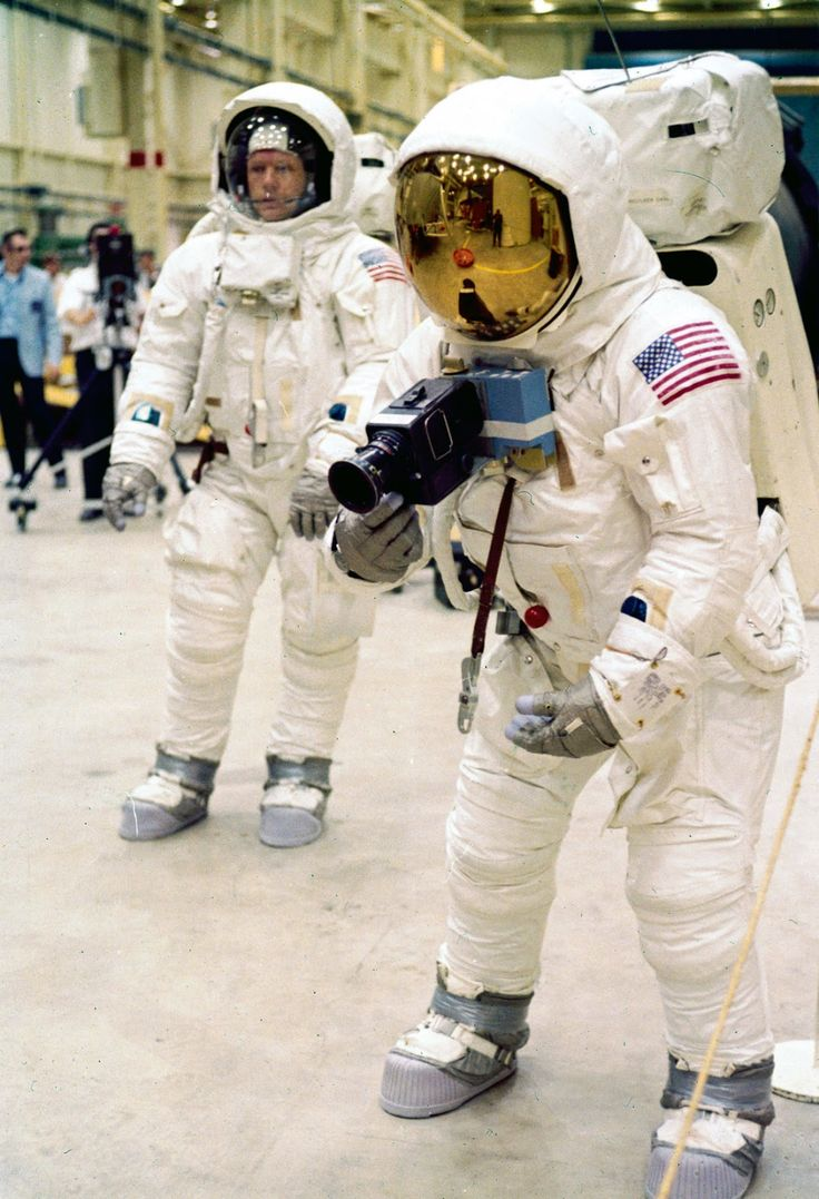 1000+ ideas about Moon Landing on Pinterest | Apollo 11 ...