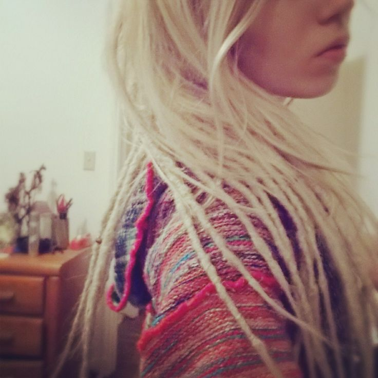 If I ever did dreads, I'd want mine to be this small instead of thick ones_