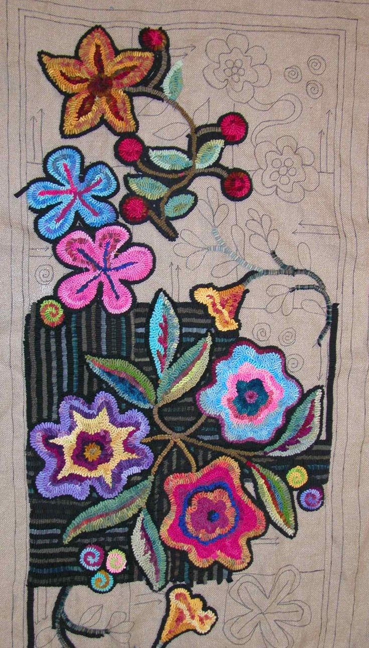 Gene's Rug Hooking Blog » Blog Archive » Tuesday Night Hooking