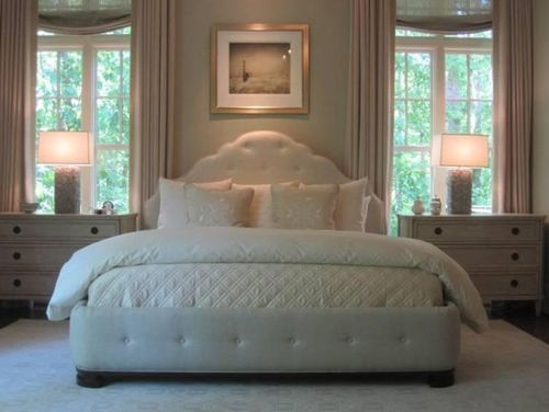 Phoebe Howard knows how to make a great bed....just look at the headboard she starts with!!!