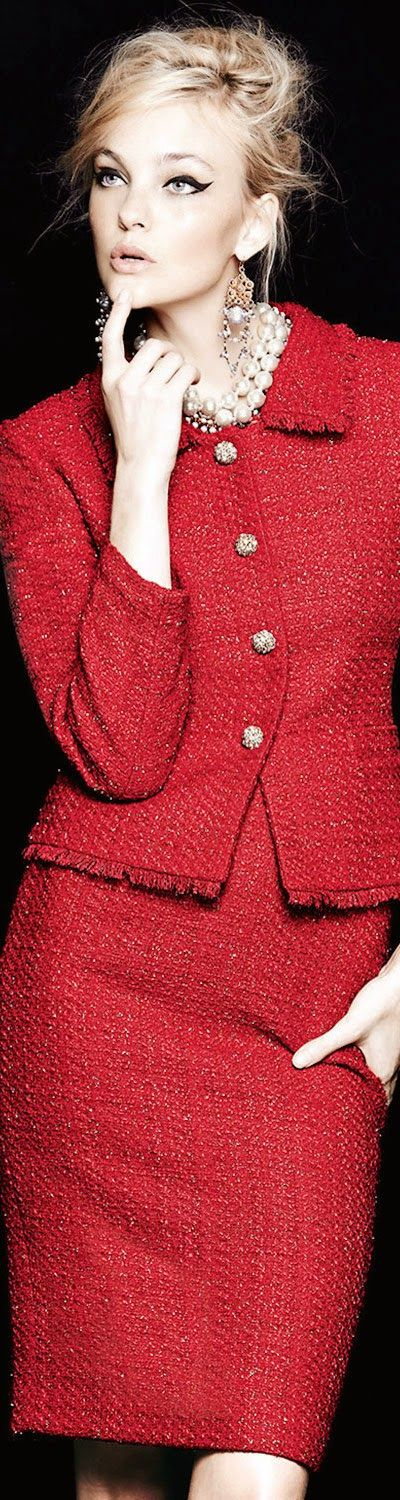 Lady in RED for the Holiday Season / Tahari Metallic Tweed Skirt Suit, RED