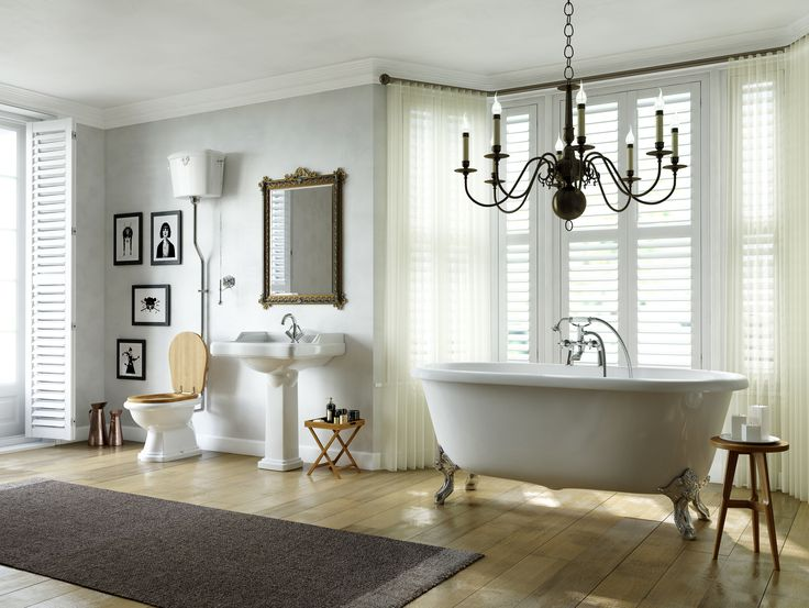 Silent Gliss Metropole with Wave create the perfect setting for this bathroom.
