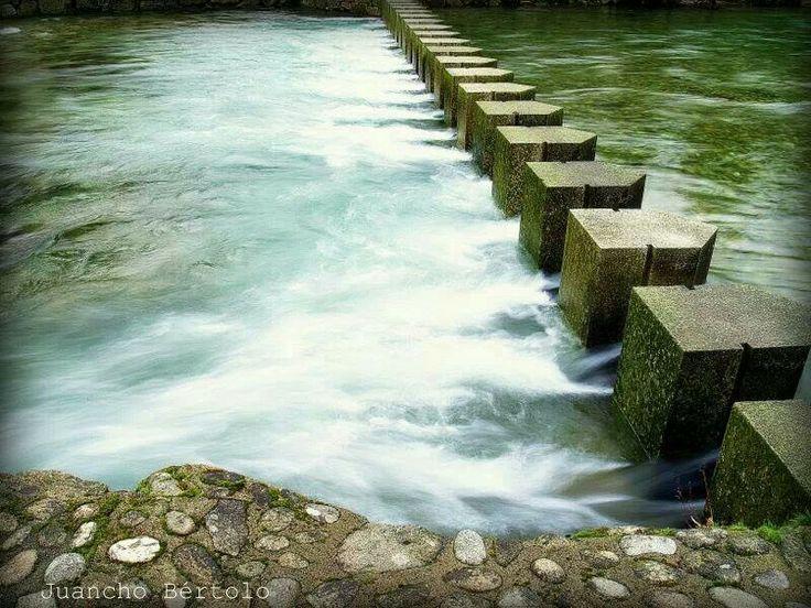 R o oitaven paseo fluvial fornelos de montes galicia for Piscinas naturales cantabria