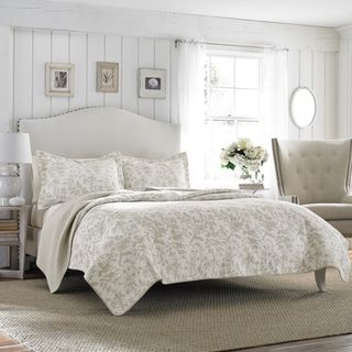 Laura Ashley Amberley Bisquit Reversible 3-piece Cotton Quilt Set | Overstock.com Shopping - The Best Deals on Quilts