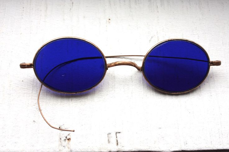 a48561d7786 Rare Antique 1800 s Sunglasses    Victorian Dark Cobalt Blue Lens  Sunglasses    Civil War
