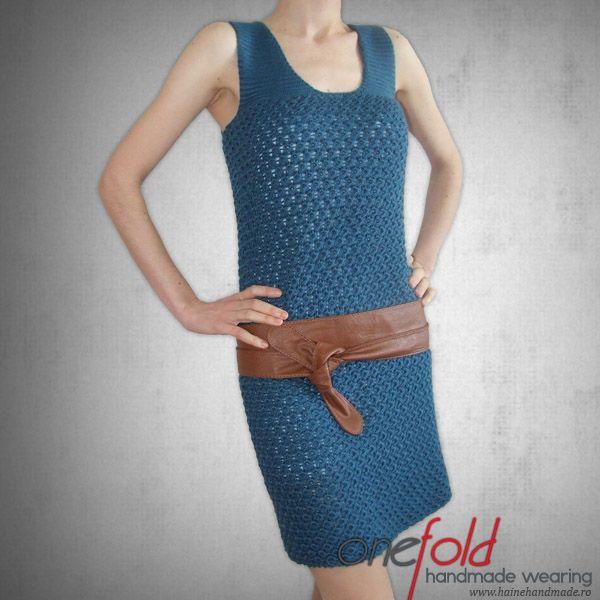 rochie eleganta tricotata manual