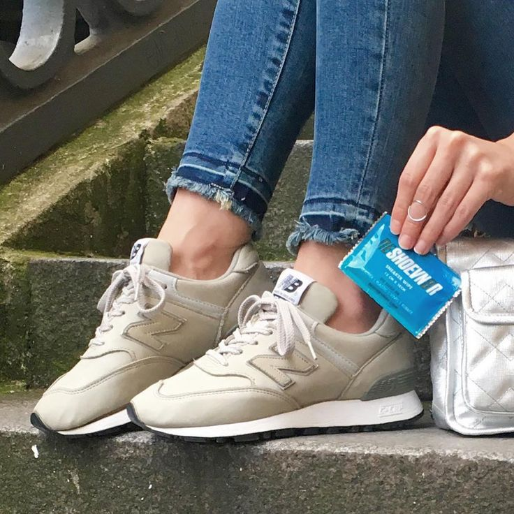 Sneakers femme - New Balance 574 made in England - Cleaning minute with  @reshoevn8r