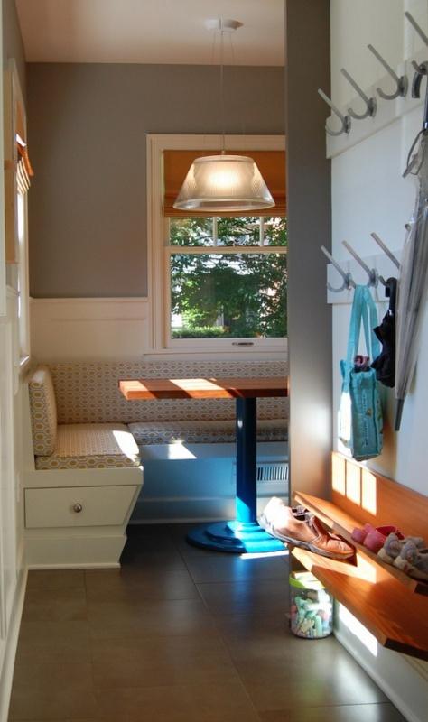 simple entry from Simplified Bee!Room Organic, Mudroom, Back Doors, Breakfast Nooks, Mud Room, Shoe Storage, Shoes Storage, Doors Entry, Shoes Racks