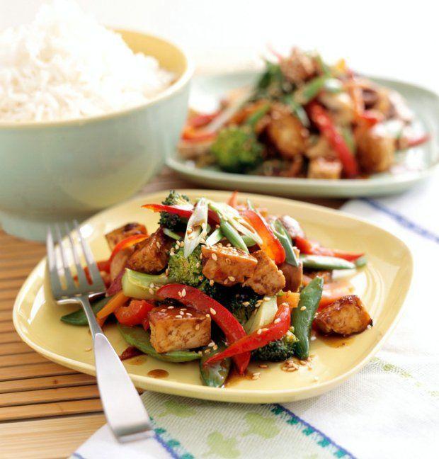 Pečené tofu s thajskou omáčkou a opečenou zeleninou