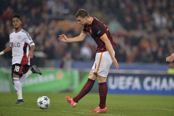 Champions League: Roma-Bayer Leverkusen 3-2, Pjanic salva i giallorossi e regala il secondo posto - http://www.maidirecalcio.com/2015/11/04/champions-league-roma-bayer-leverkusen-3-2.html