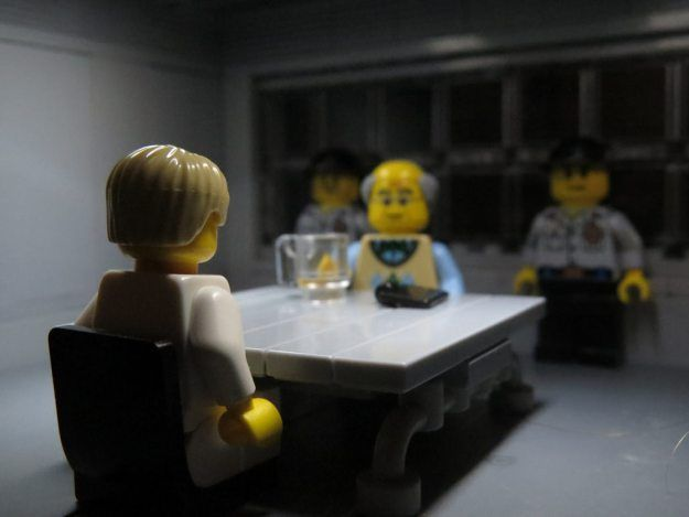 Lighting sets the mood in LEGO Gotham City