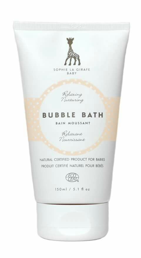 A la hora del baño..utiliza el baño de espuma de #sophielagirafebaby que cuida y protege la piel mientras los peques se divierten