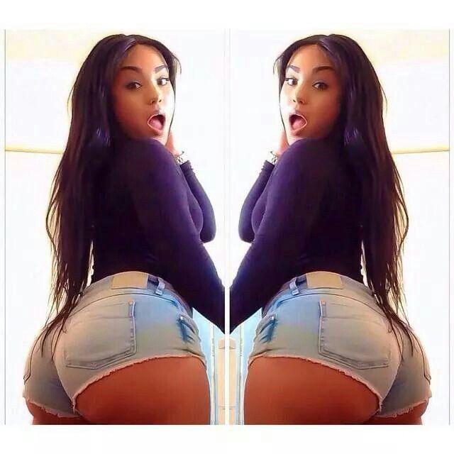 Lesbian Big Tits In Booty Shorts 29