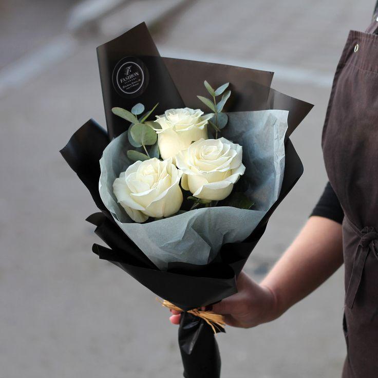 Стильный цветочный комплимент Когда для подарков не нужны поводы ☎ +7(3952) 588-500 Сайт: www.f-f.flowers Viber/WhatsApp +79643588500 г. Иркутск, ул. Партизанская 29 #FashionFlowers #стильныйбукет #доставкацветовиркутск #БукетДняИркутск #ЦветыИркутск #Fashion_Flowers_38 #букетдлядевушкиИркутск