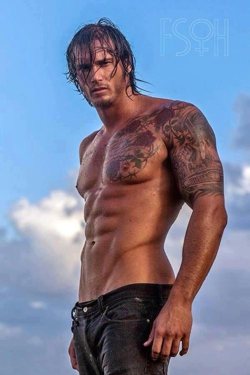 a Friday offering from the abs n jeans fairy