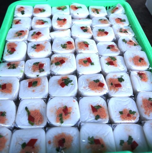 Talam Ebi: Made from rice flour and shrimp, this cake will suit those who favor savory treats rather than sweet ones. (...