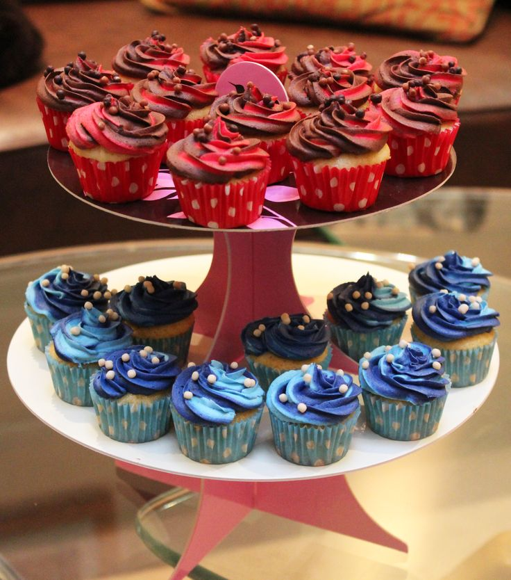 Cupcakes Inspired By Steven Universe S Ruby And Sapphire