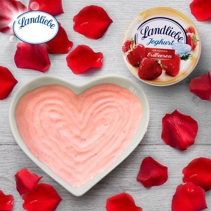 Landliebe joghurt zamatos eperrel  A Landliebe epres gyümölcsjoghurt a mennyei eper és a krémes joghurt fenséges kombinációja.