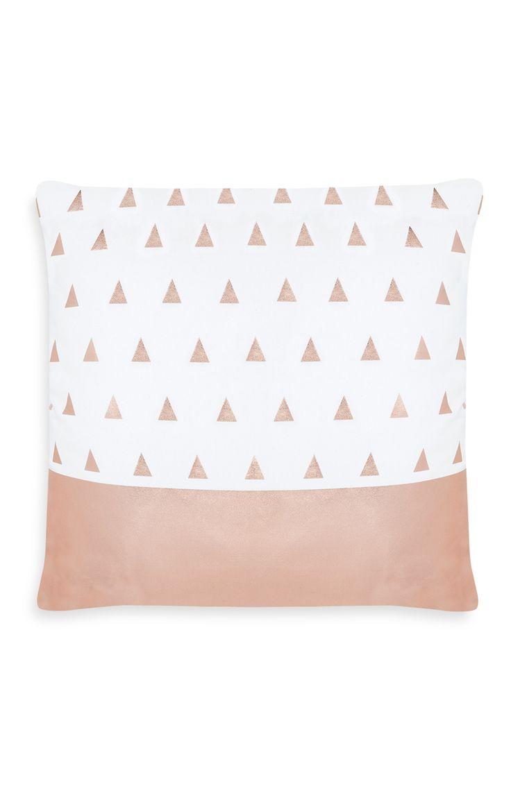 Primark - Coussin cuivre à motif triangles