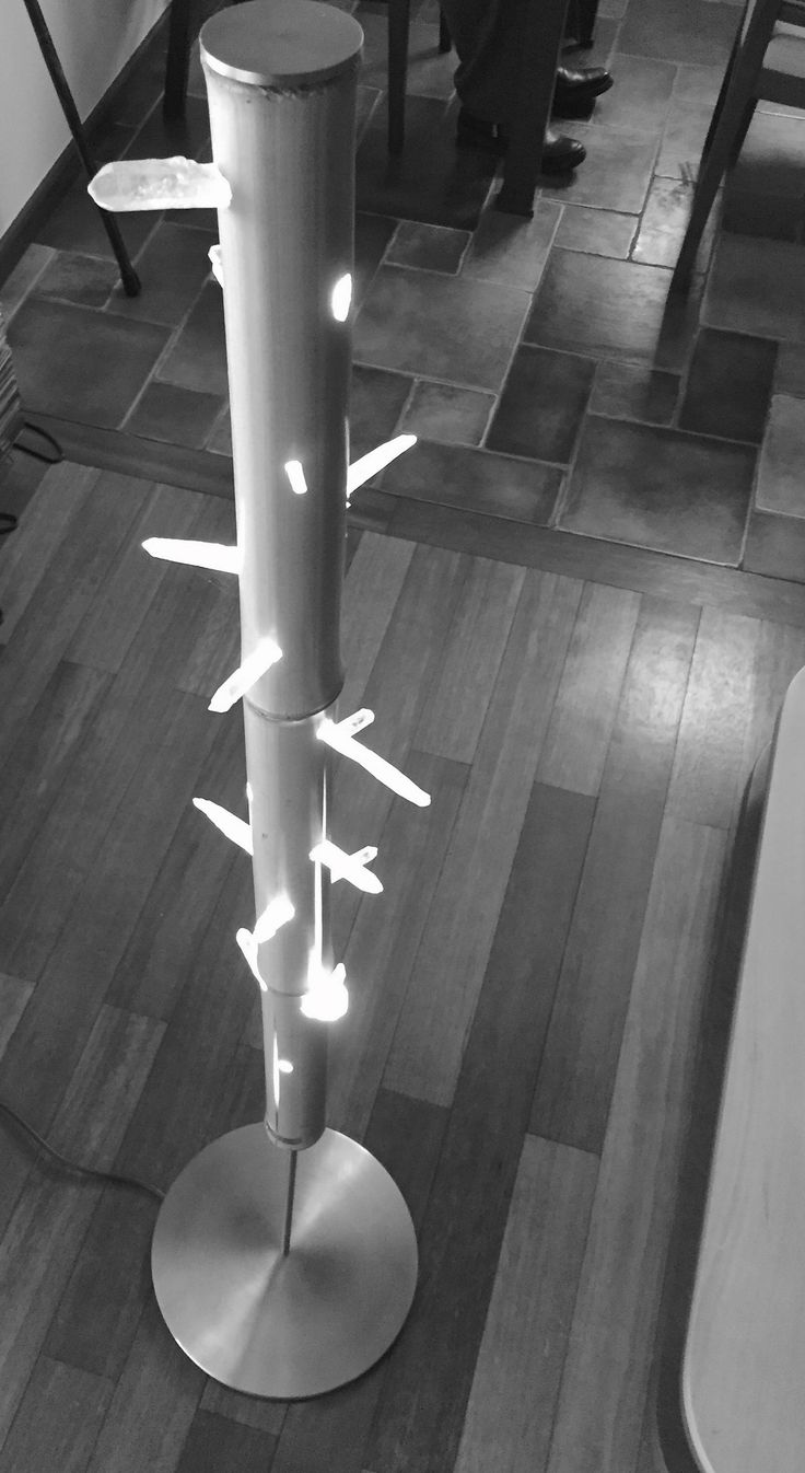 LAMP      Mountain crystal, bamboo