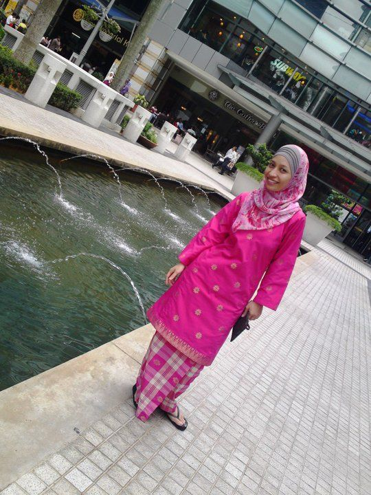 Pink wink wink