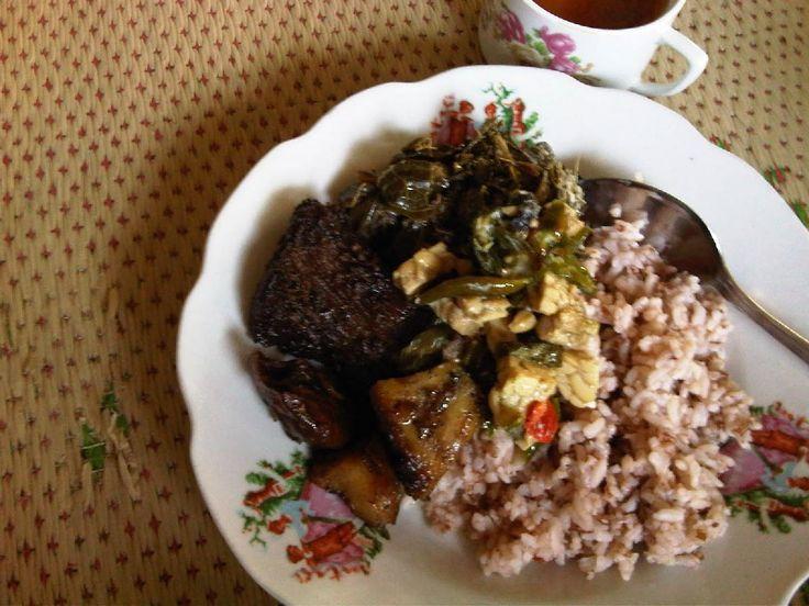 Sego Abang Lombok Ijo Mbah Widji Lezatnya Kuliner Jogja - Kuliner Yogyakarta