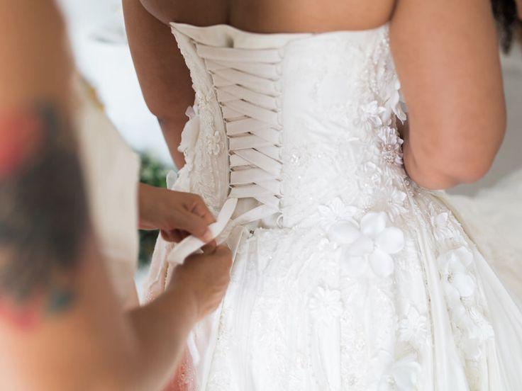 Wedding dress, preparation, flowers, white dress, helping, planner thediamondrock