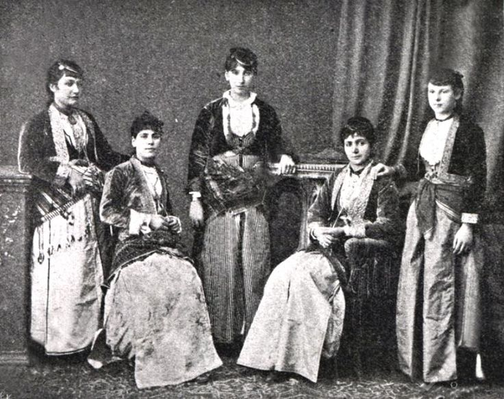 Pontian_Greek_dress_Trabzon.JPG (863×684)