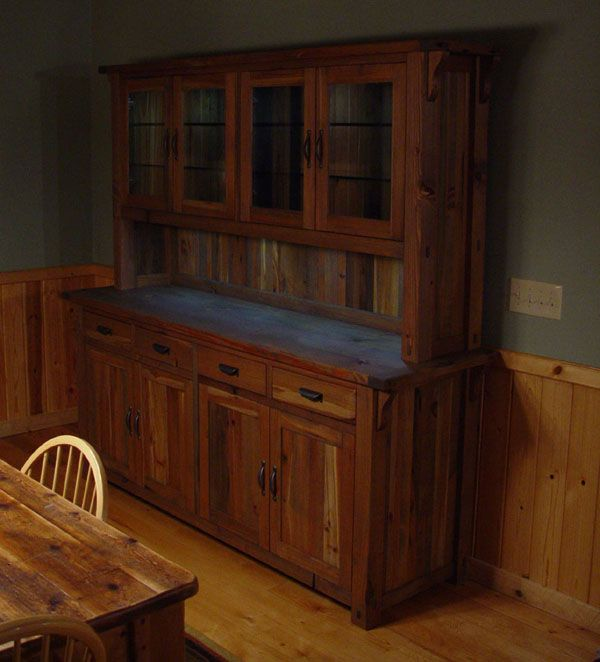 Rustic Lodge Log And Timber Furniture: Handcrafted From Green Reclaimed  Heart Pine And Northern White