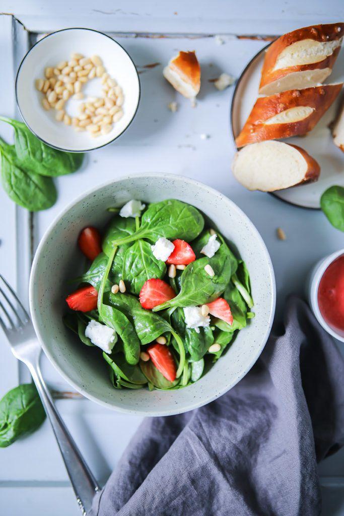 Spinat Salat mit Erdbeeren   Zucker, Zimt und Liebe