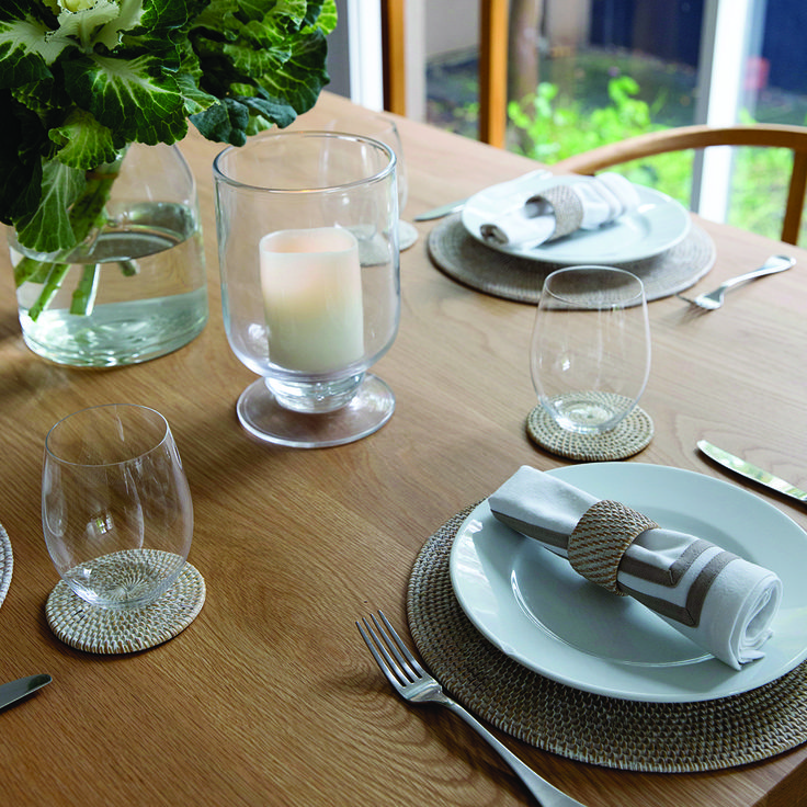 Friends popping over for dinner this evening?  Create the perfect Spring dining setting with our Whitewash Placemats, Coasters and Napkin Rings 👌🏻 www.rgimports.com.au