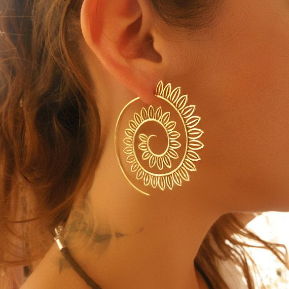 Brass Earrings - Brass Spiral Earrings - Gypsy Earrings - Spiral Jewelry - Brass Jewelry - Ethnic Earrings - Ethnic Jewelry (Code: EB45)  Beautiful hand made brass hook in spiral shape earrings.  Suitable for normal ear piercing.  Length: 57 mm Bar size: 0.9mm Nickel free!  sold as pair only!  $30