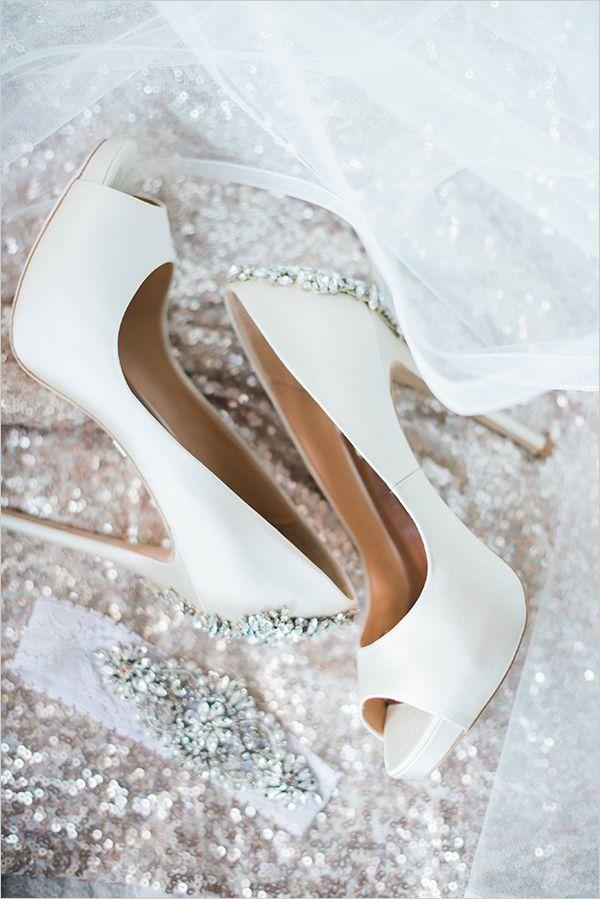 #white #weddingshoes #glitter #glam @weddingchicks