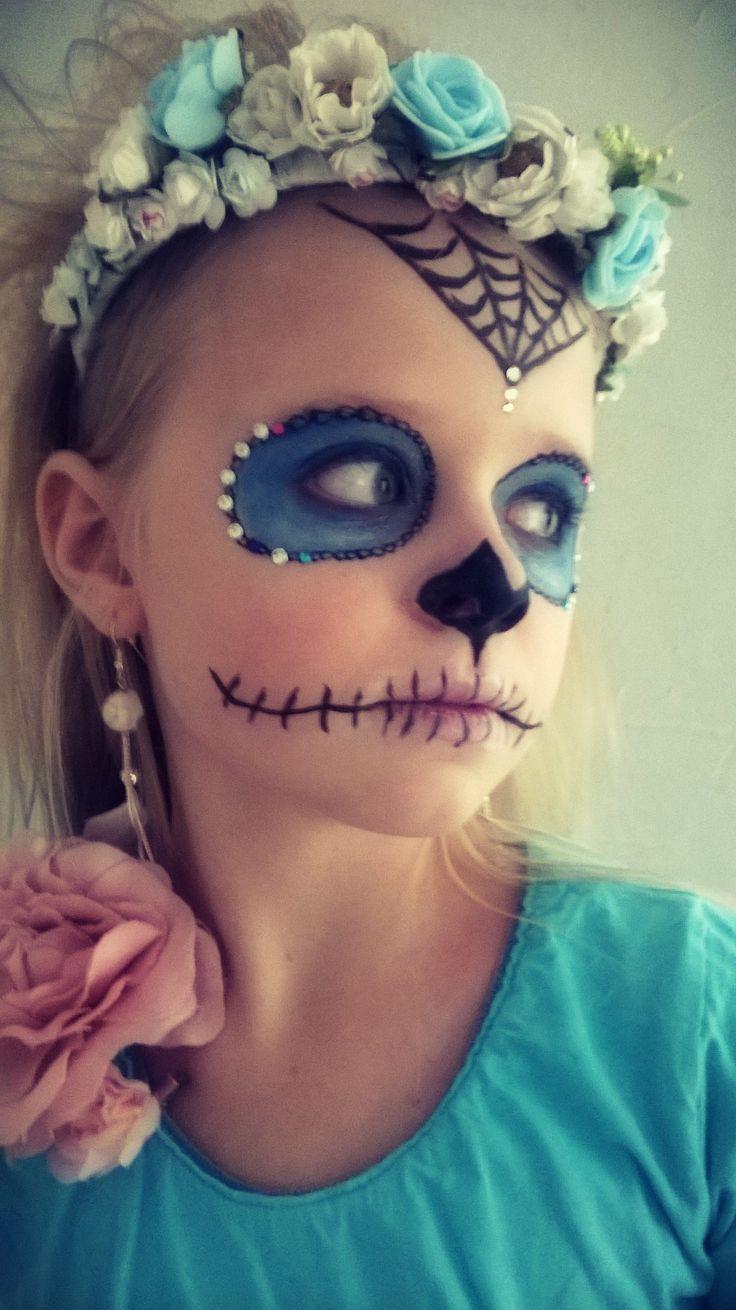 La Bella Muerte Halloween makeup