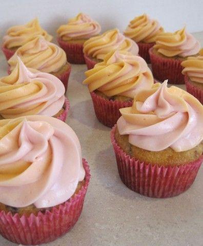 Cranberry Orange Cupcakes: Twinkie Cupcakes, Cranberry Orange Cupcakes, Cupcakes Recipes, Cranberries Cream, Cranberries Orange Cupcakes, Orange Cranberries Cupcakes, Cupcakes Cak, Cranberryorang Cupcakes, Cupcakes Yum