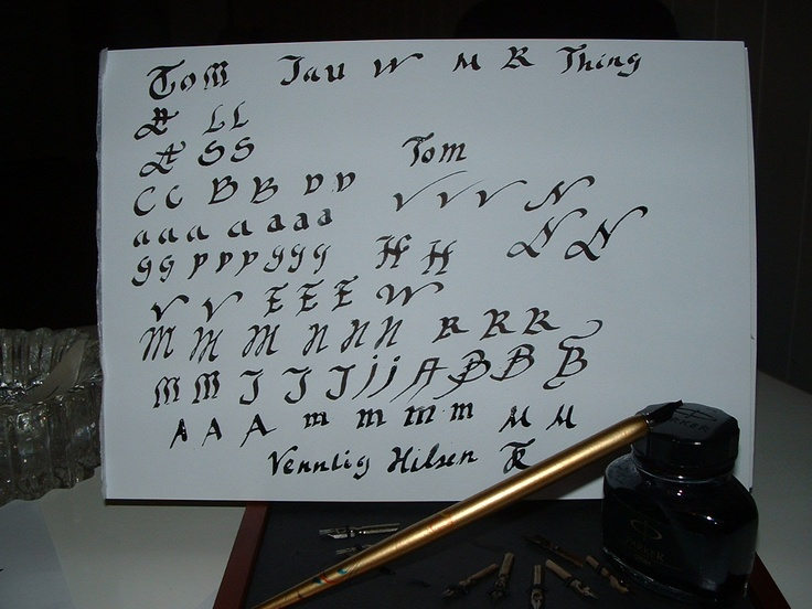 writing words about gothic font
