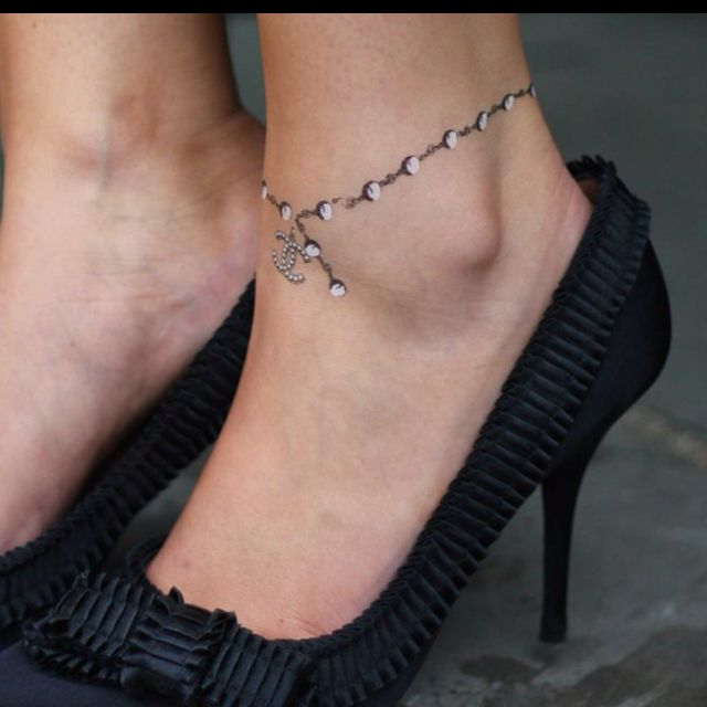 Diamond Ankle Bracelet Tattoo I Like This But Would To Have Charms On It