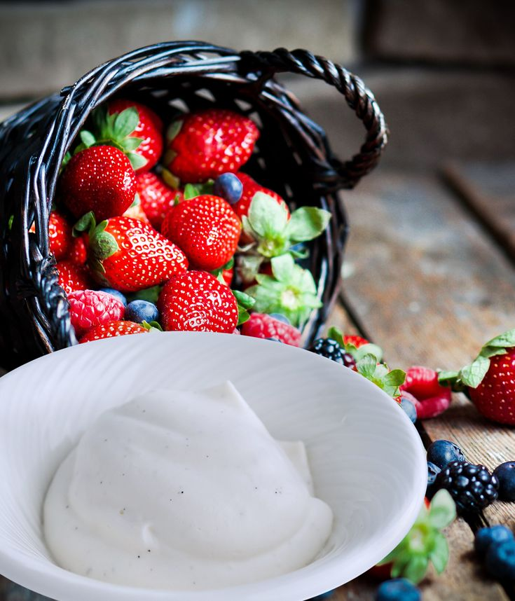 The perfect light whipped dessert topping with a prebiotic! https://www.msprebiotic.ca/blogs/recipes/msprebiotic-vanilla-chantilly-cream?utm_content=buffer0da22&utm_medium=social&utm_source=pinterest.com&utm_campaign=buffer